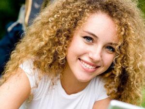 Отличительные особенности биозавивки волос и ресниц