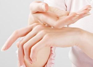 Необходимые витамины и минералы для ногтей