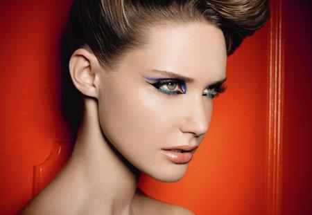 Учимся делать красивый макияж для зеленых глаз