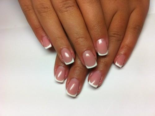 Укрепление ногтей гелем и биогелем