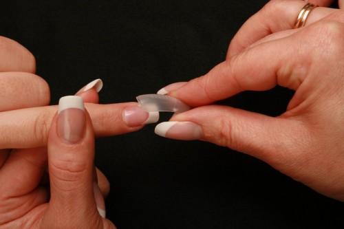 наращивание ногтей при помощи однофазного геля