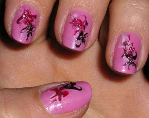 рисунок огоньки на ногтях