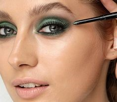 Макияж лица с зелеными глазами пошагово