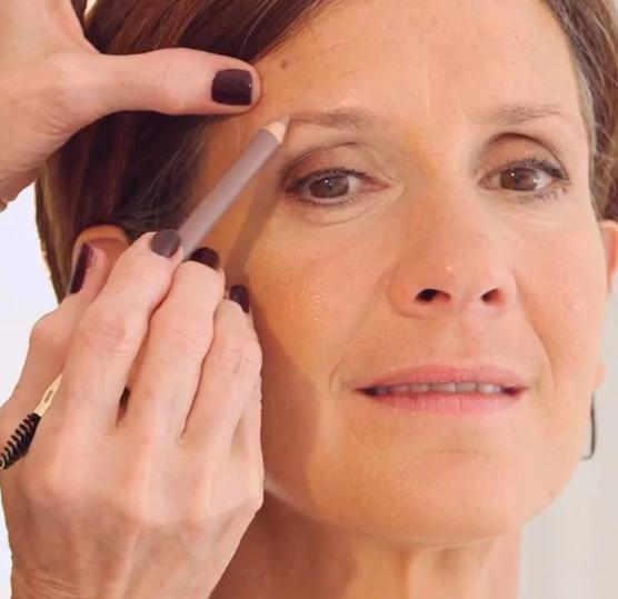 брови-возрастной макияж
