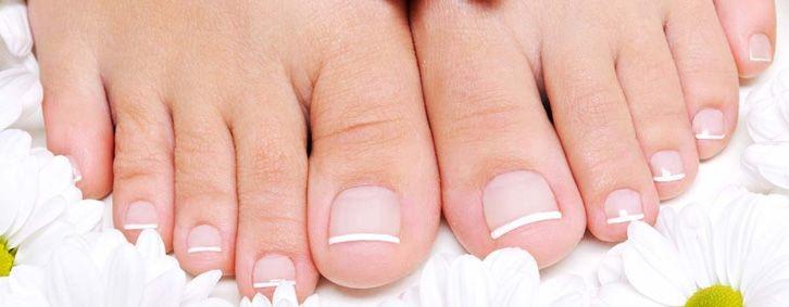 красивые ухоженные ногти на ногах