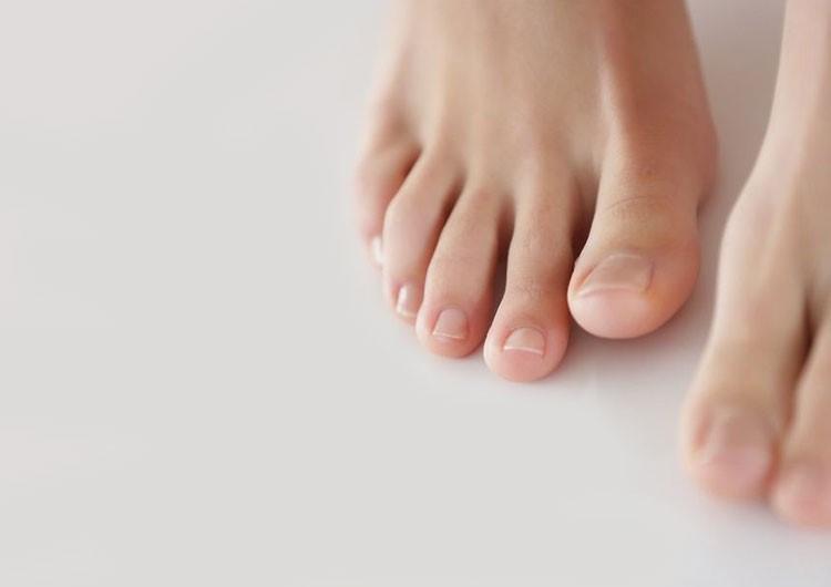 ухоженные ступни без педикюра