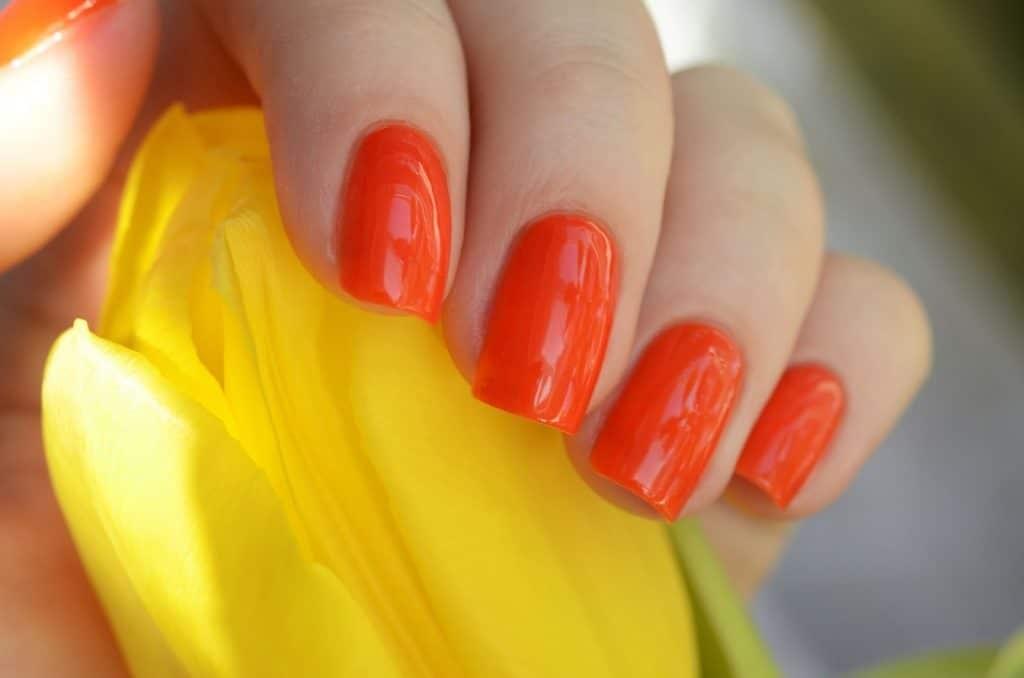 Апельсин ногти