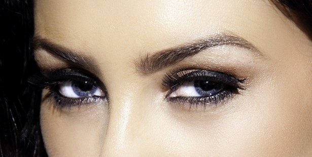 брови макияж голубых глаз